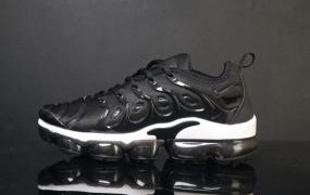 耐克Nike Womens Air Vapormax Plus跑步鞋