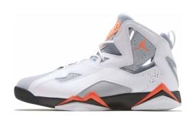 乔丹Jordan True Flight高帮实战篮球鞋
