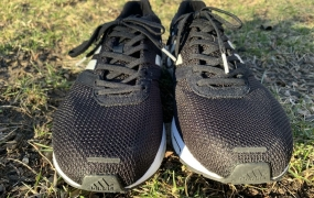 Adidas Adizero Adios 4评估