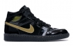 "Air Jordan 1 High OG"" Black Gold""的现场照片"