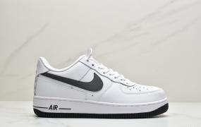 耐克 Nike Air Force 1 '07 Low in White and Grey 空军一号低帮休闲运动板鞋