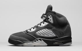 "Air Jordan 5"" Anthracite""发售时间超过预期"