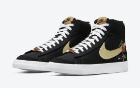 """Nike Blazer Mid '77""""石榴""""的官方照片"""