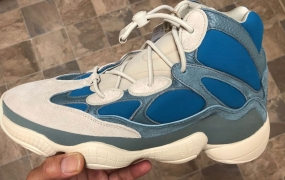 "第一眼:adidas Yeezy 500 High"" Frosted Blue"""