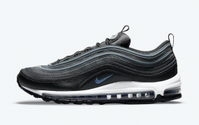Nike Air Max 97 带有反光细节和赛车蓝风格