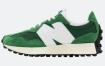 New Balance 327 有绿色和白色可供选择