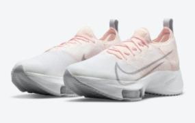 """Nike Air Zoom Tempo NEXT% 推出""""日落色调"""""""