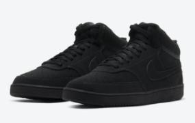 "Nike Court Vision Mid 提供""Triple Black"""