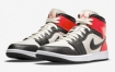 Air Jordan 1 Mid 以深红色亮点出现在新闻纸上