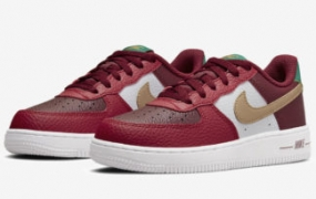 Nike Air Force 1 融入圣诞精神