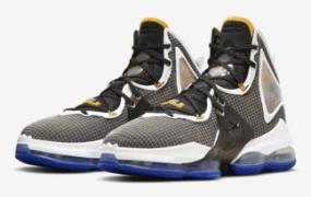 """Nike LeBron 19 """"Harwood Classic"""" 官方照片"""