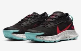 "Nike Pegasus Trail 3 Gore-Tex 以""Dynamic Turquoise""配色登场"