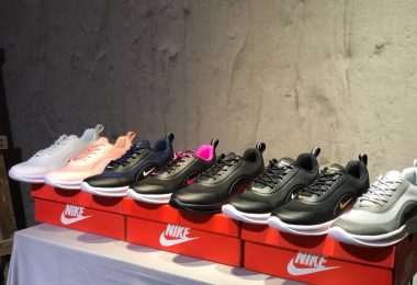 耐克Nike Air Max Axis半掌气垫跑鞋
