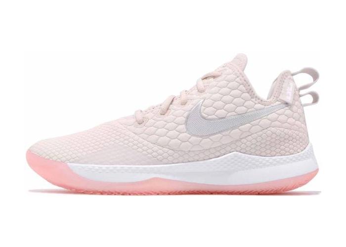 耐克LeBron 3系列, Witness 3, Nike LeBron Witness 3, I Promise