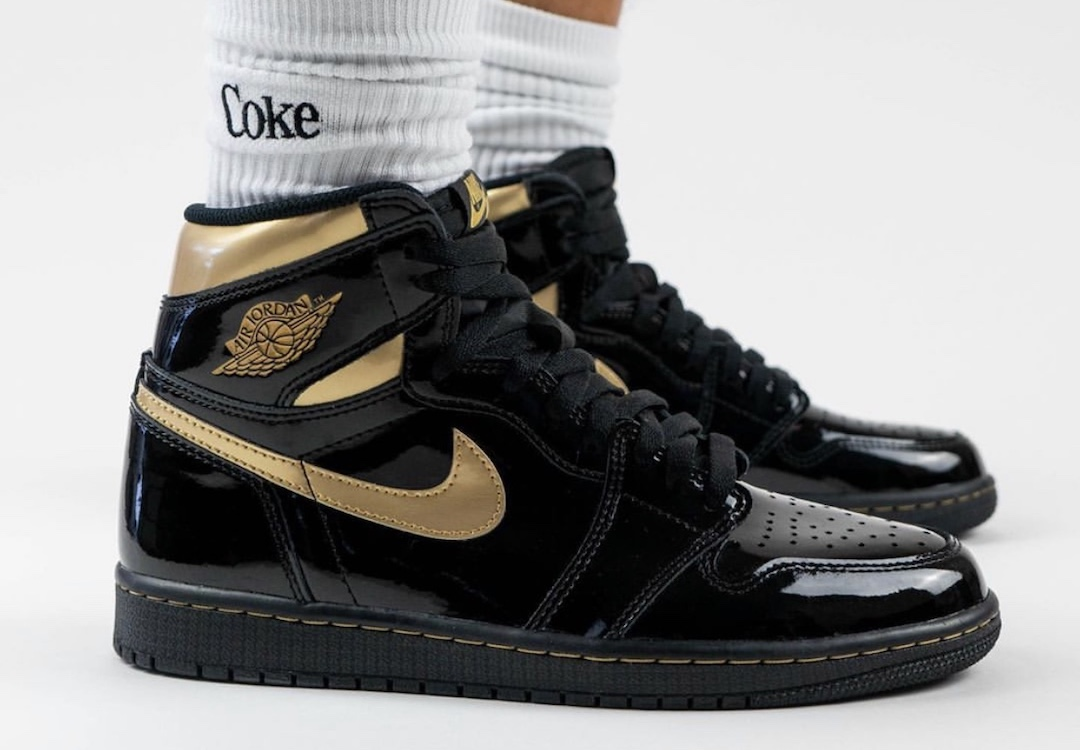 Air-Jordan-1-Black-Gold-555088-032-Release-Date-On-Feet