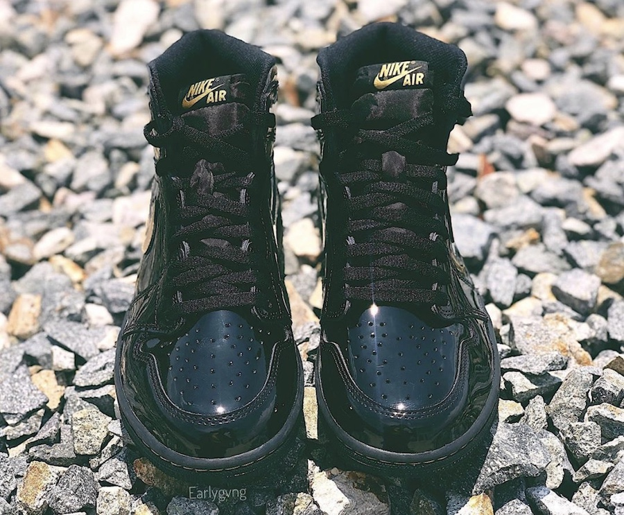 Air-Jordan-1-High-Patent-Black-Metallic-Gold-555088-032-Release-Date-Price-4