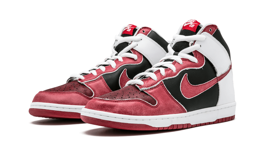 Nike-SB-Dunk-High-Jason-Voorhees-305050-062-2007-Release-Date-1