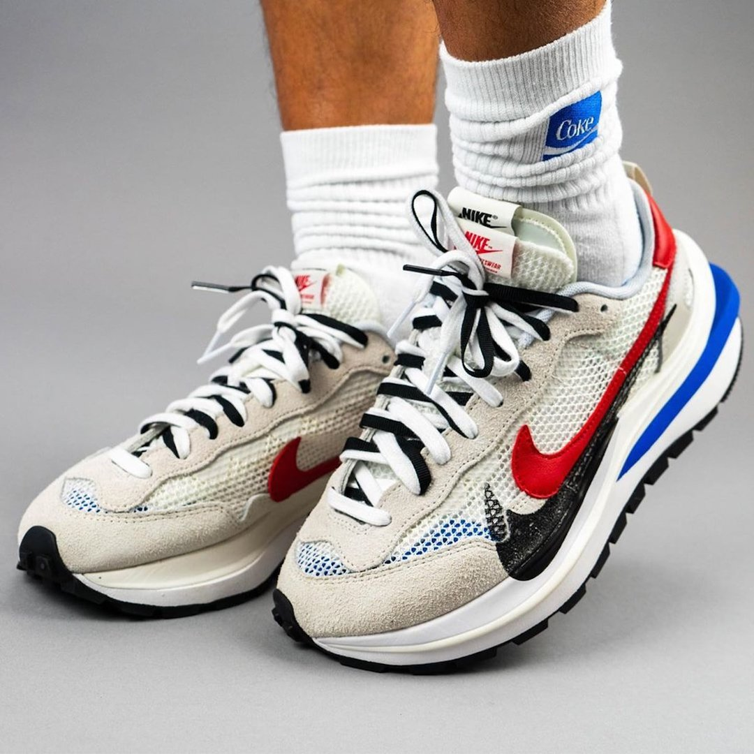 sacai-Nike-VaporWaffle-Sail-Light-Bone-Game-Royal-Sport-Fuchsia-CV1363-100-Release-Date-On-Feet-2