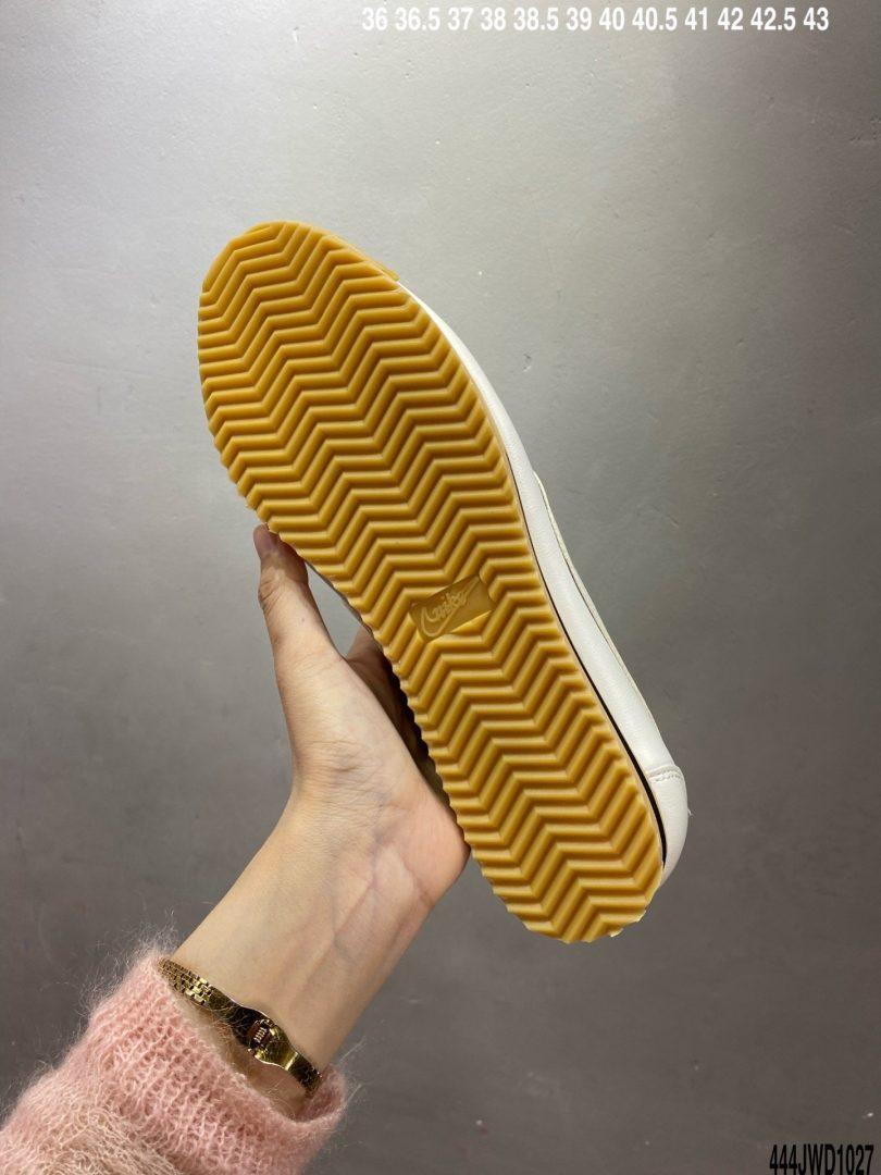 阿甘, 跑鞋, Sail Gum Yellow, Cortez '72