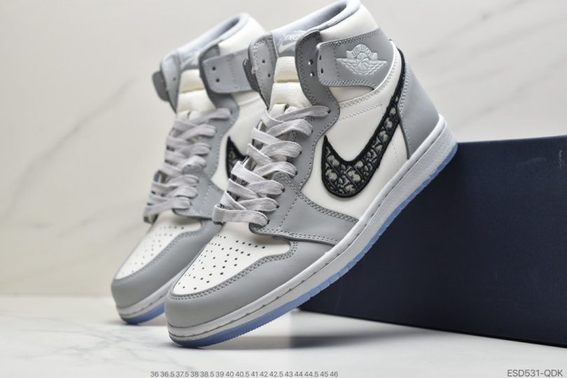 联名, 篮球鞋, Swoosh, Jordan, Dior x Air Jordan 1, Dior, Air Jordan 1 Low, Air Jordan 1