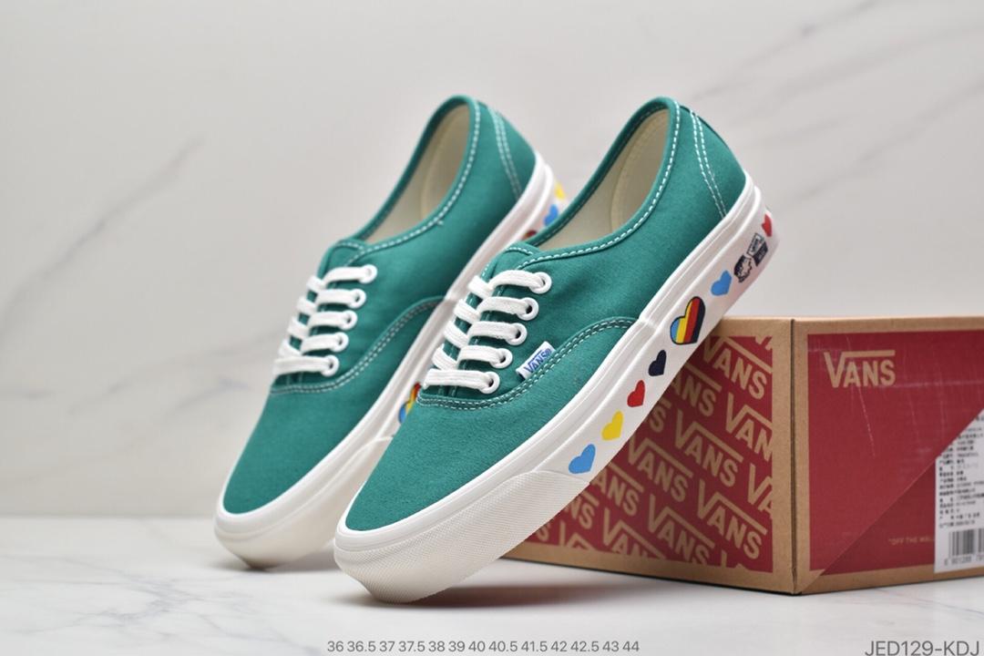 板鞋, 帆布鞋, 华夫, Vans