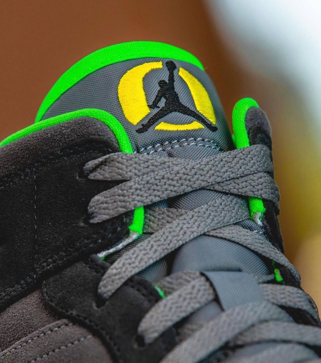 Swoosh, Oregon Ducks, Jumpman, Jordan Brand, Jordan, Air Jordan 1, Air Jordan